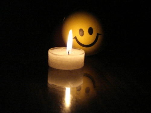 stockvault-little-candle-with-funny-face107747