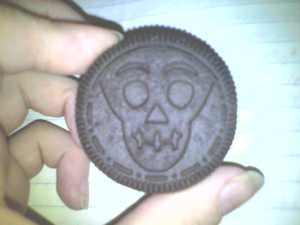 My Oreo from the other day. it's a skull.