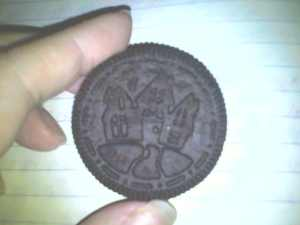 Halloween themed Oreos are the coolest!